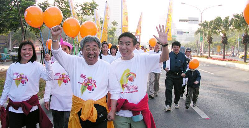 2003孫越蘇禾路走。