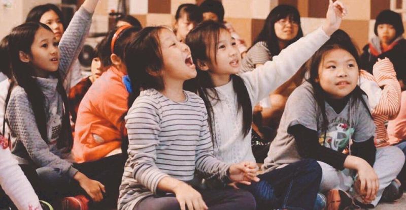 許多家人樂意送孩子來這個關懷計畫,包含課業輔導、品格教育、才藝課程、校外教學、出遊、運動會...